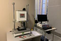 Test con macchina per prove a fatica Prima PN